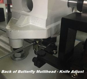 Butterfly multihead knife trimmer adjustment